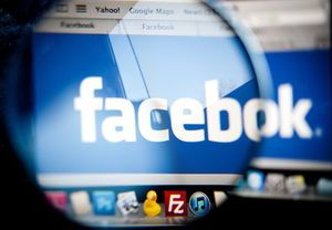 Facebook is changing its news feed. Here's how to keep up with Tucson news