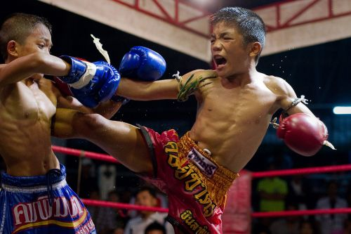 13-year-old dies after getting KO'd in Thai kickboxing match