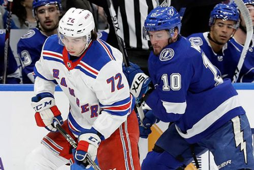 Kevin Shattenkirk injured as Rangers fall to Lightning
