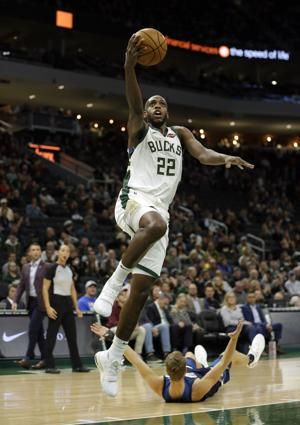 Bucks, Lakers look to shed rust, be healthy for playoffs