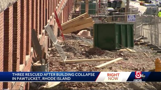 3 workers hurt, 1 critical, in mill building stair collapse