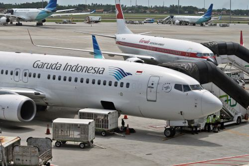 Indonesian airline nixes multibillion-dollar Boeing deal over recent crashes