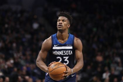 Butler Carried Off Court, Rockets Beat Wolves For 11th Straight Win