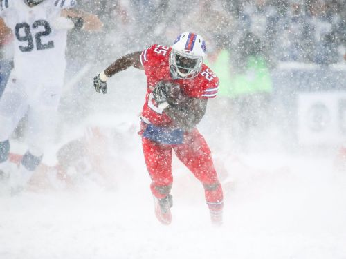 LeSean McCoy scores walk-off TD to play hero for Bills in wild finish to 'Snow Bowl'