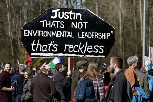 When it comes to fossil fuel resistance, the United States and Canada aren't all that different