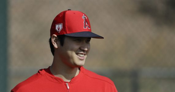 Angels' Ohtani hopes to hit off tee next week