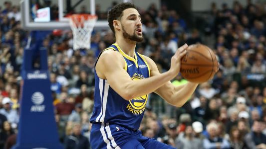 Warriors guard Klay Thompson sets NBA record with 10 straight made 3-pointers to open game vs. Lakers