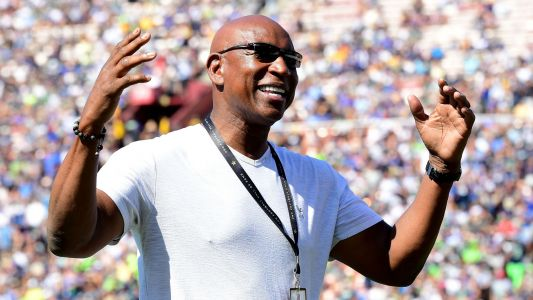 Hall of Famer Eric Dickerson: Patriots cheated in 2002 Super Bowl