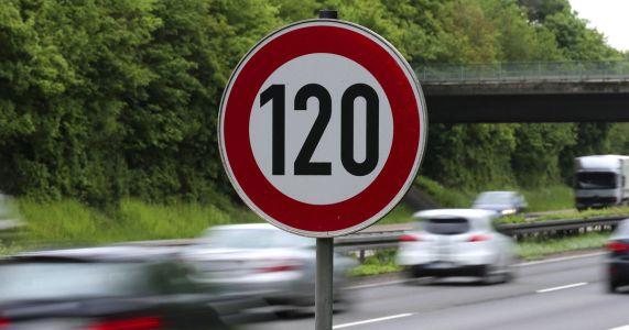 Talk about highway speed limit has Germans all fired up