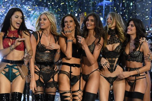 These are the 9 highest-paid Victoria's Secret models