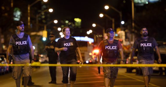 Toronto police say 9 people shot, shooter dead