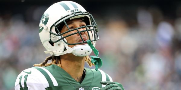 Breakout Jets receiver arrested and charged with going 60 miles over speed limit and eluding police, reportedly made sexual threats about police officer's wife