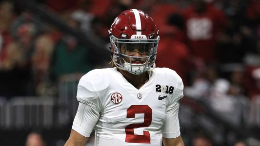 Jalen Hurts' father says he'll transfer if he doesn't win Alabama QB job