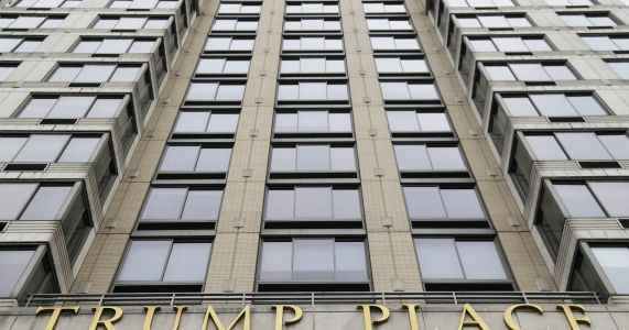 NYT: Condo owners vote to strip Trump name from building