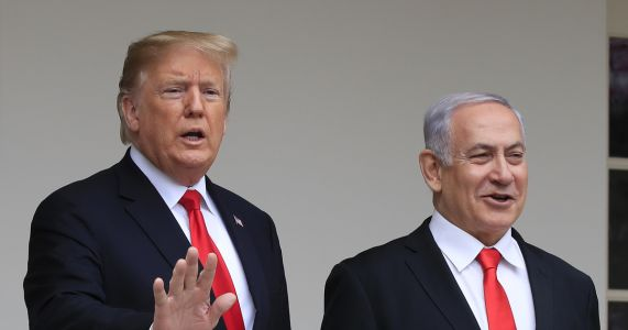 Trump to meet Israeli PM, rival before peace plan rollout