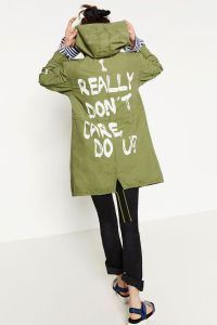 'I really don't care, do u?': The words on Melania Trump's jacket on her way to visit kids separated from their parents