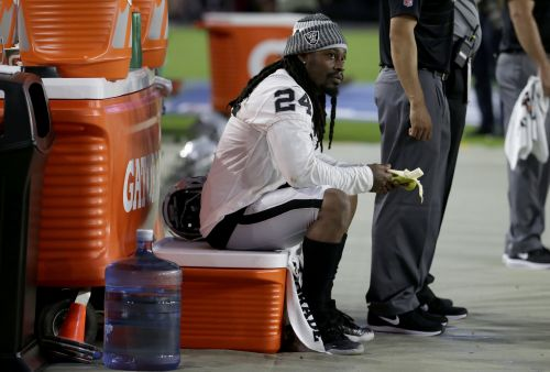 Trump: NFL should suspend Marshawn Lynch next time he sits during anthem