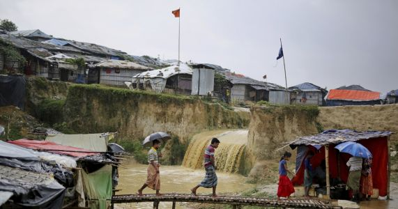 UN rights chief urges halt to Rohingya repatriation plan