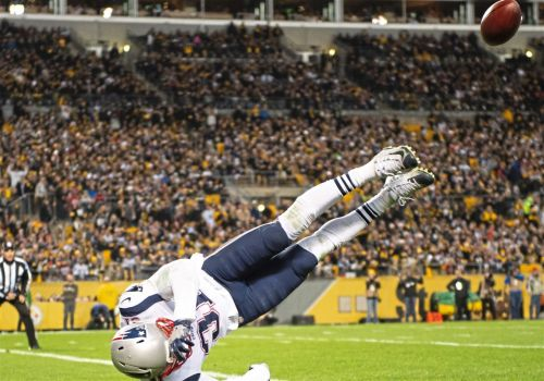 How do the Patriots react after a loss at Heinz Field? Clichés and peanut butter sandwiches, mainly