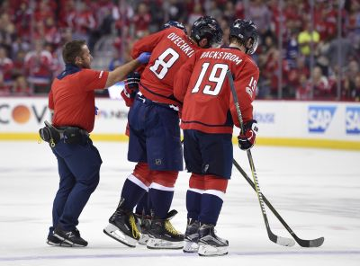 Ovechkin returns to game after apparent left leg injury