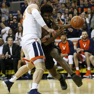 Guy, Huff lead No. 3 Virginia past Deacons, 68-45