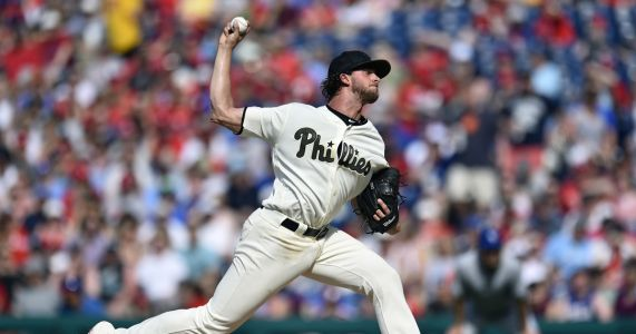 Phillies' Nola pitching no-hitter thru 6 vs Blue Jays