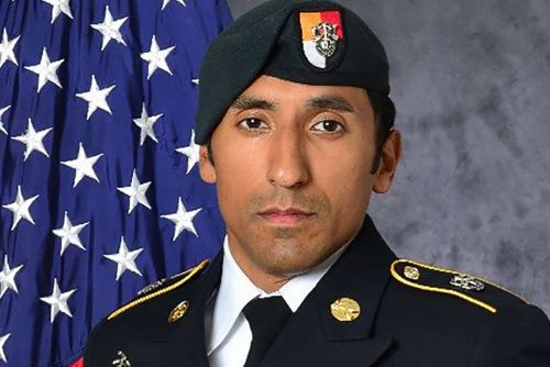 Navy SEALs, Marines charged with murder of Green Beret