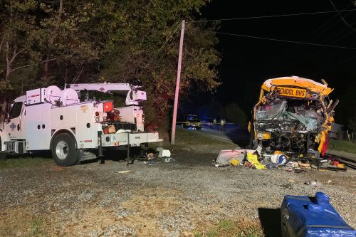 7-year-old girl, driver killed in Tennessee school bus crash