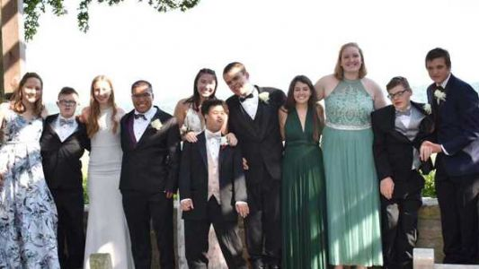 Anderson High School girls ask students with special needs to prom