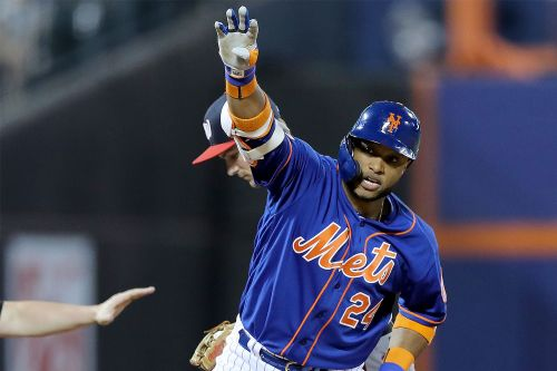 Robinson Cano finally hustles as Mets' day gets weirder