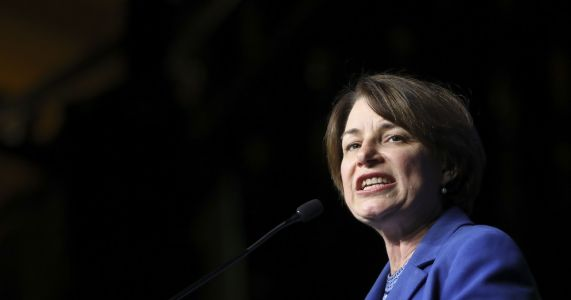 Klobuchar lists executive orders she'd sign as president