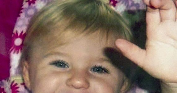 Mother sues in case of missing toddler Ayla Reynolds