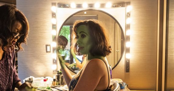 It's not easy becoming green: How the witch in 'Wicked,' at Seattle's Paramount Theatre, gets so green