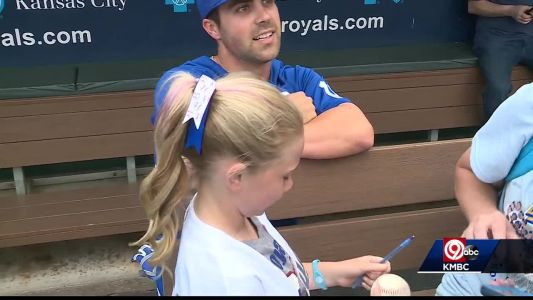 Dream Factory youngster meets up with favorite Royals player
