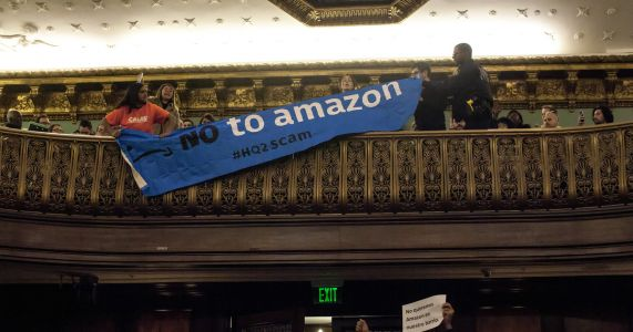 Amazon executives grilled, jeered at New York City Council hearing