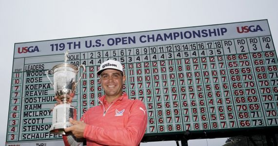Gary Woodland wins U.S. Open, denies Brooks Koepka's run at three in row