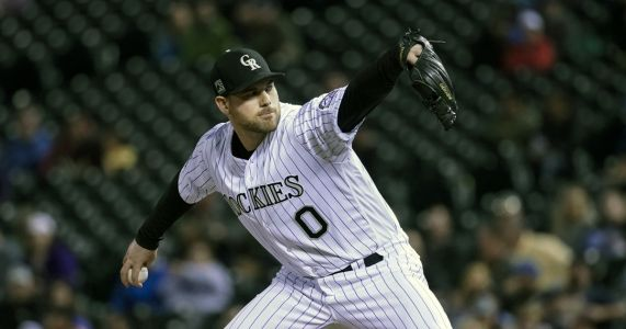 AP source: Ottavino, Yankees agree to $27M, 3-year contract