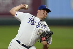 Royals reach 1-year deals with Keller, Mondesi to avoid arb