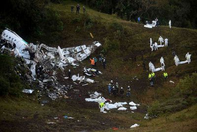 Pilot radioed for emergency landing before plane crash