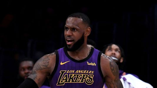 LeBron James made 51 points 'look easy,' Luke Walton says