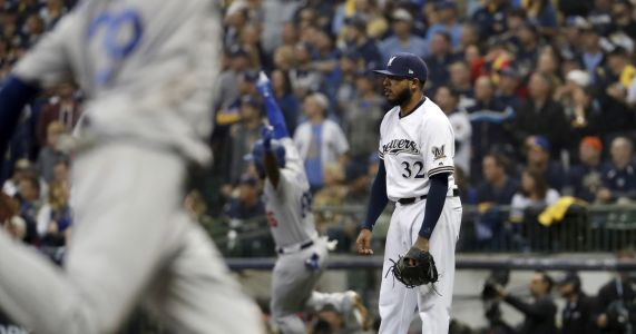 Brewers' bullpen runs out of gas in Game 7 loss to Dodgers