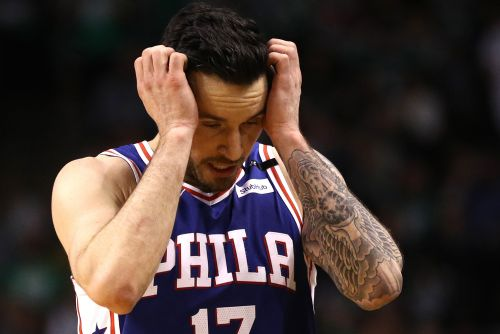 J.J. Redick claims he saw caged woman in back of his cab