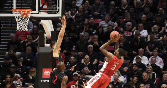 UNLV hands No. 4 San Diego State its first loss, 66-63