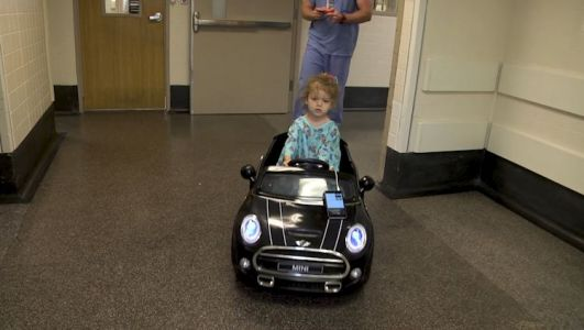 Oklahoma hospital uses remote control cars to take children to surgery