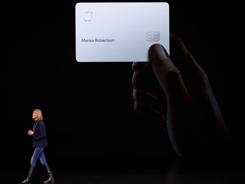 Apple announced a sleek, new credit card that's all white and offers 2% cash back on every Pay purchase - here's how it works