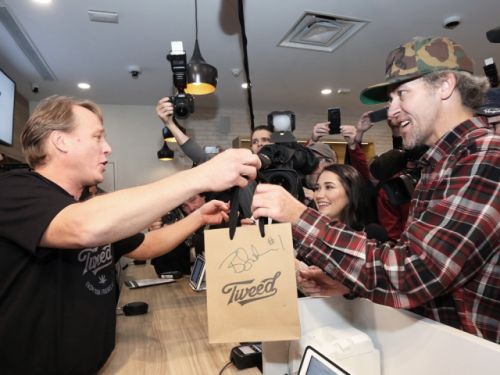 Historic midnight legal cannabis purchases usher in new era