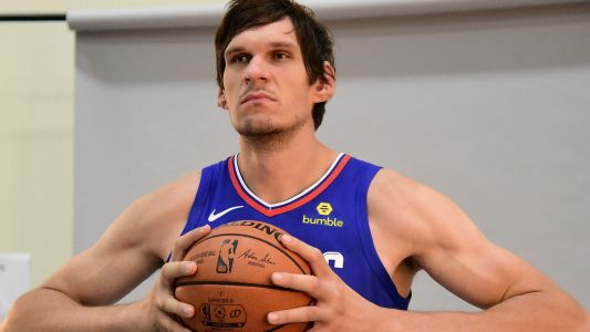 Clippers' Boban Marjanovic takes a book to the face in 'John Wick 3' trailer