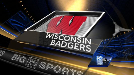 No. 5 Wisconsin wins slugfest against No. 19 Michigan 24-10