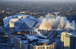Down goes the Georgia Dome after 25 years