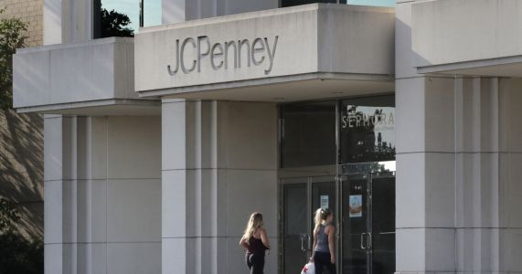 J.C. Penney sees key sales figure down for the year